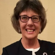 Dr Pam Chrispin
